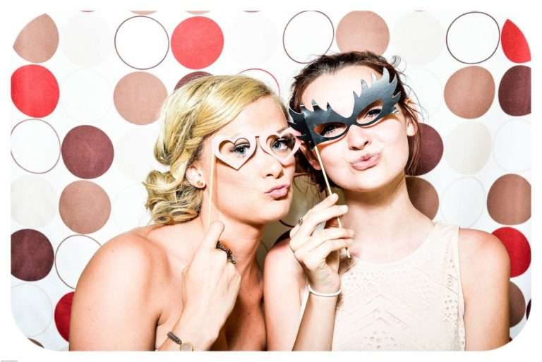 How To Incorporate Photo Booths Into Your Digital Marketing Strategy
